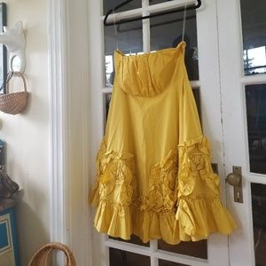 🆕️ Anthro - Darling Strapless Dress in Yellow